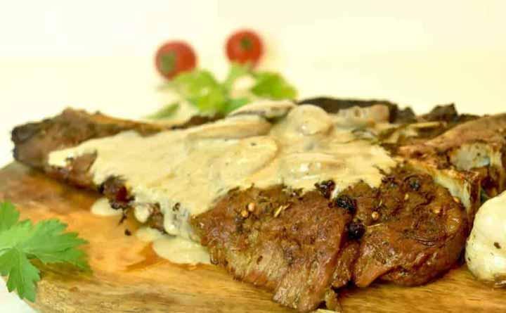 Kremalı Mantar Soslu Biftek