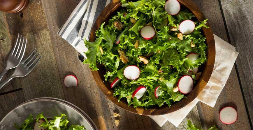 Ketojenik Endivyen Marul Salatası